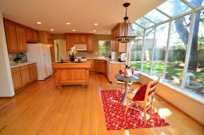 91st kitchen nook